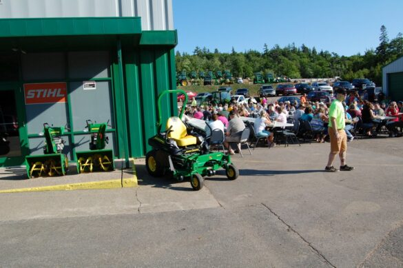 Outdoor Party for mediaBrew Runs Like A Deere Giveaway